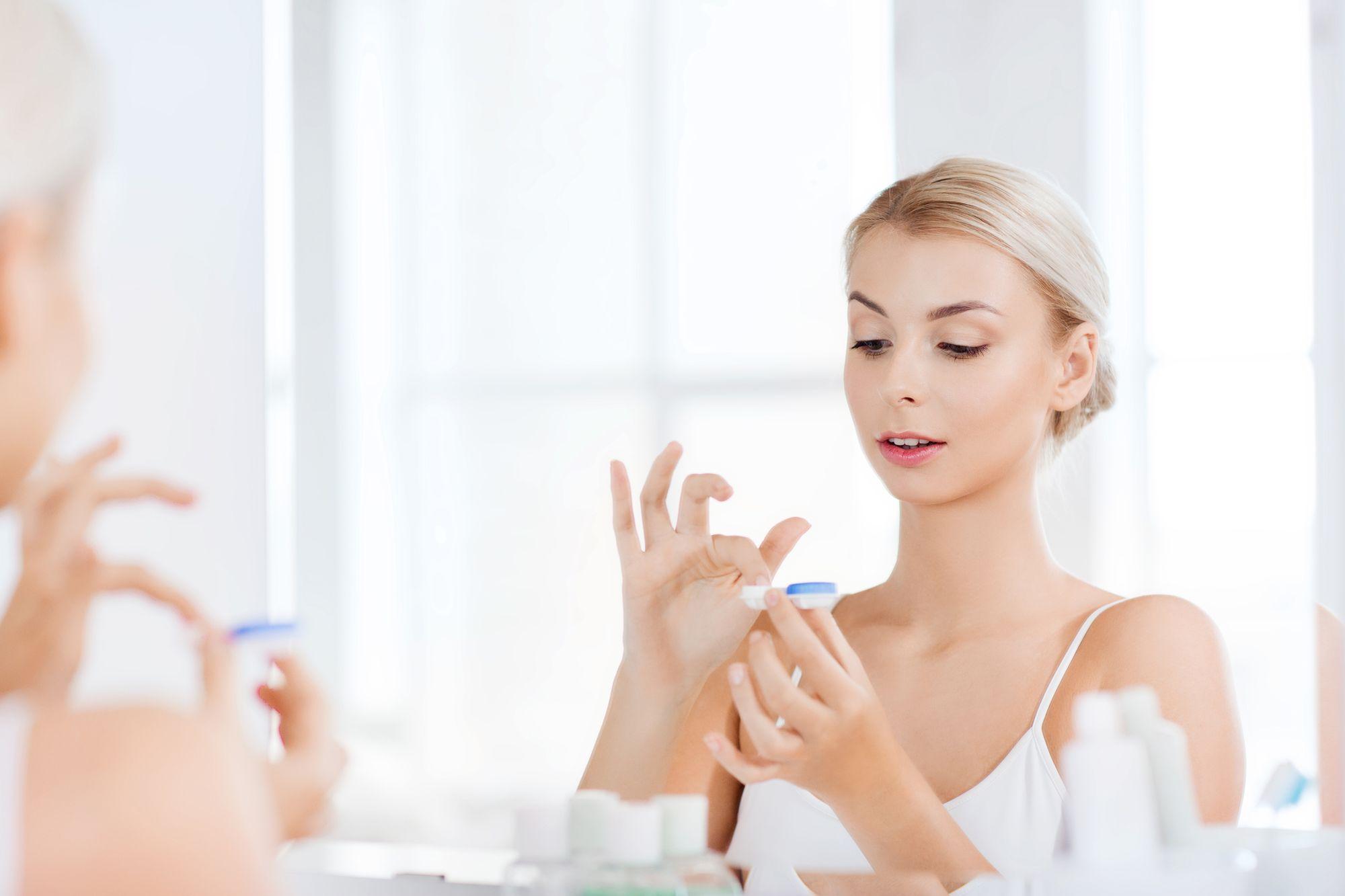 Kontaktlinsenpflege: Hygiene ist das A & O